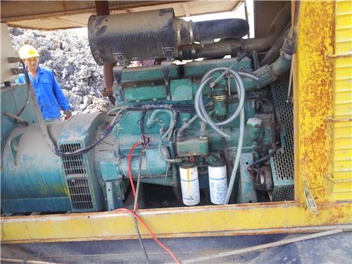 进气阀和排气阀调节螺钉固定螺母扭矩50牛顿米(37磅-英尺)喷嘴图片