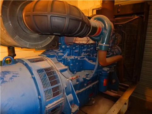 """""""  无锡万迪动力集团有限公司是研制生产内燃机,涡轮增压器,柴油发电"""