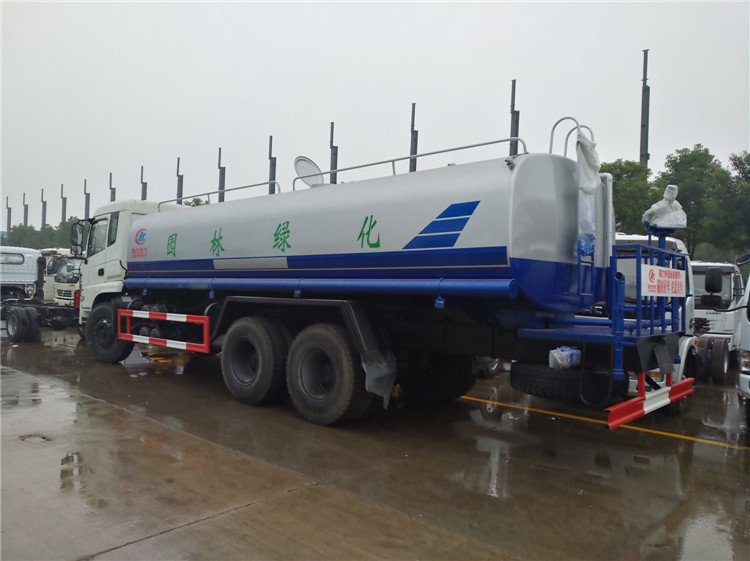 22吨扶贫灌溉打药车价格多少钱一台图片