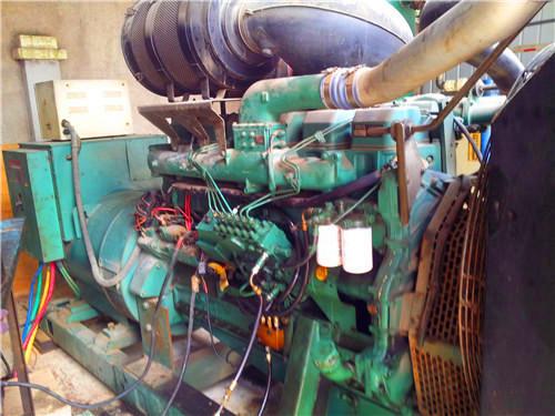 当压力室油压高于限压阀开启压力时,限压阀钢球开启,压力室和吸油室图片