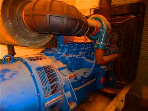 汽车空气滤清器的检修