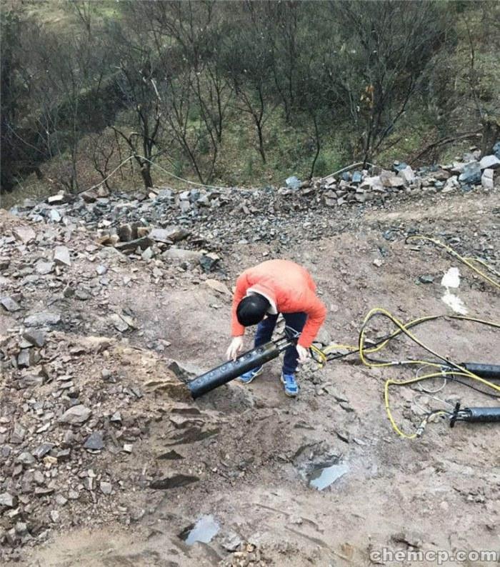 快速开挖设备裂石器厂家楚雄