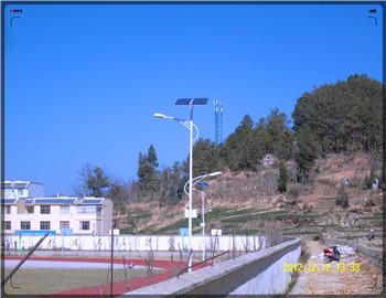 贵州铜仁太阳能路灯厂家批发