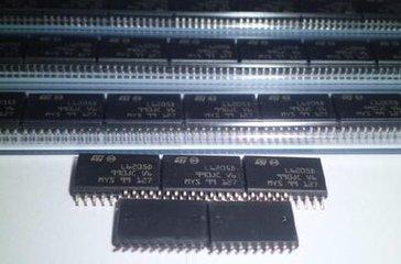 2)非晶合金变压器:非晶合金铁芯变压器是用新型导磁材料,空载电流下降图片