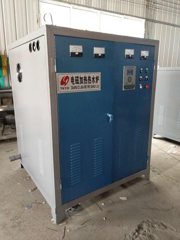 8000平米常压电热水锅炉图片