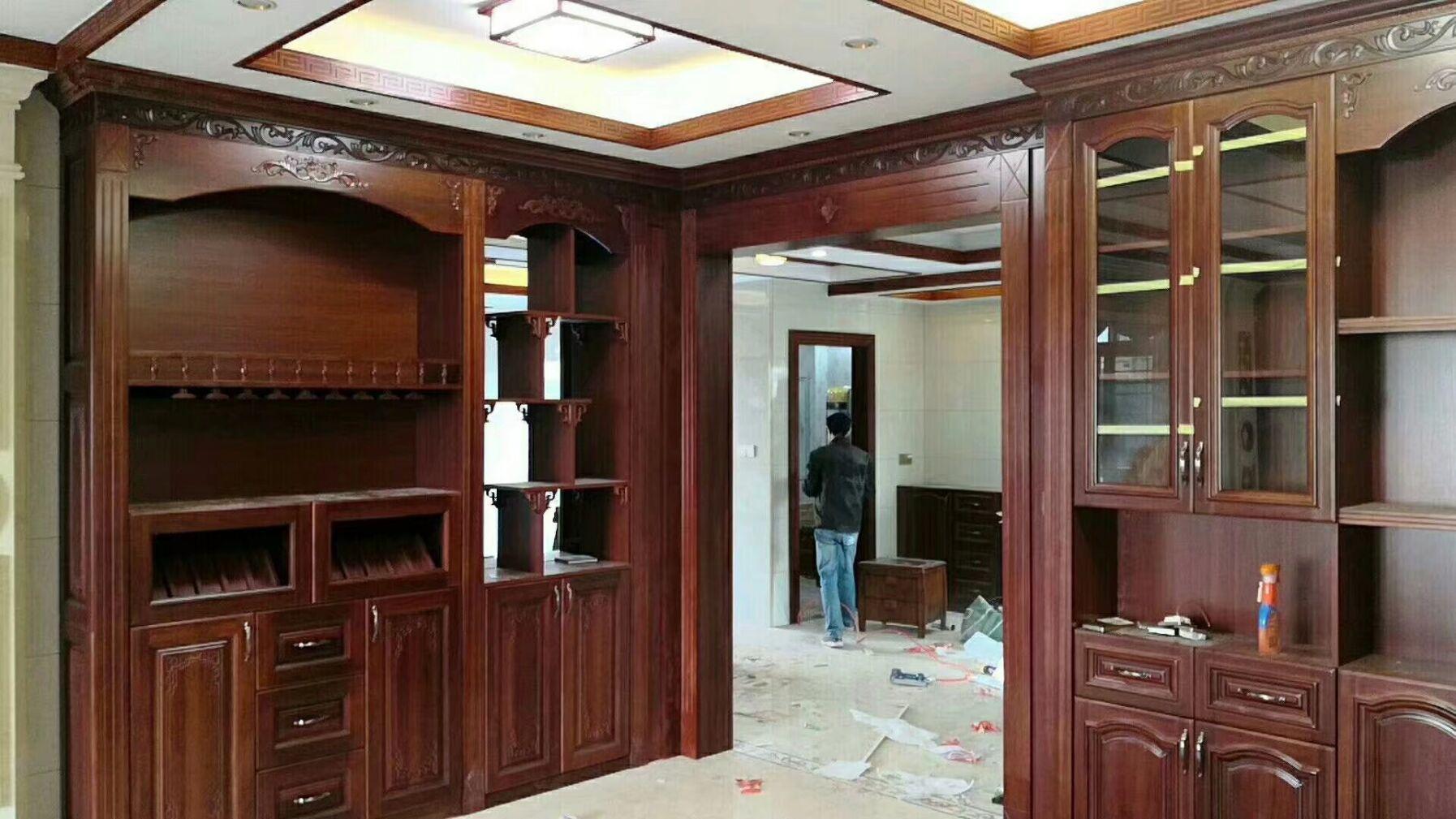 湛江市霞山区红橡木衣柜定制厂家全屋家具工厂