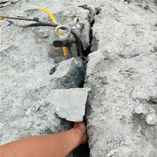 贵州黔西南石场开采青石荒料不让放用什么设备诚信厂家