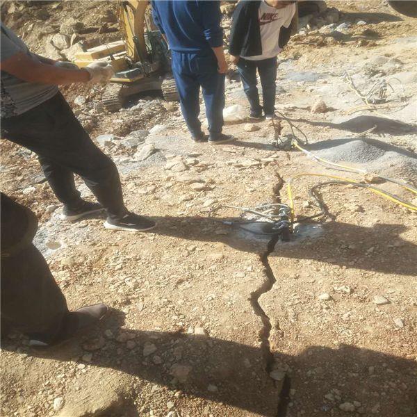 长沙大型岩石劈裂机快速破石