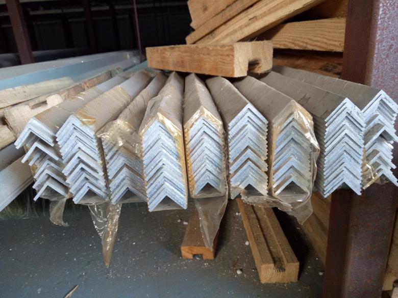 江西赣州1060花纹铝板价格厂家直销