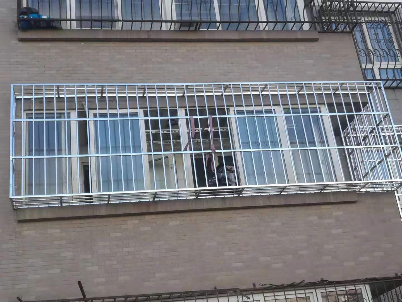 沙河家庭护栏安装联系电话