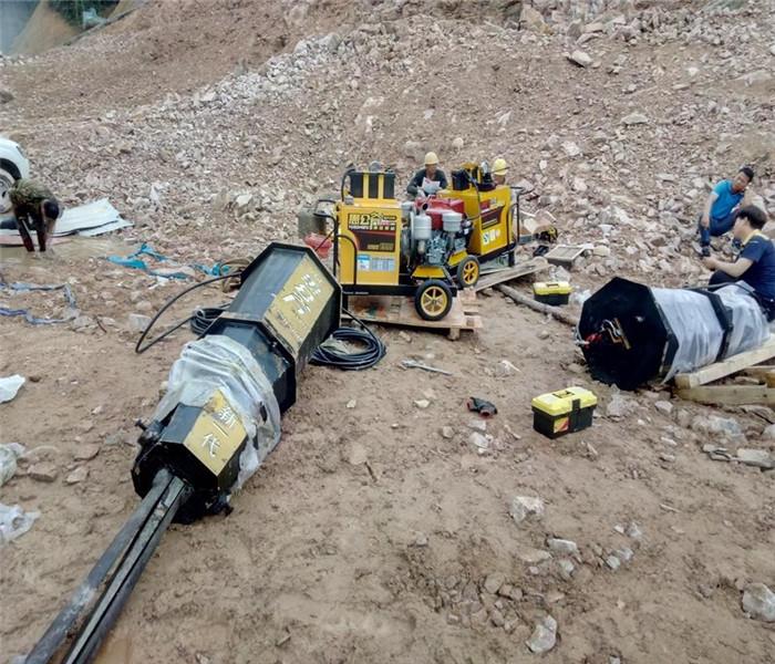 采石机大工程破石头用什么机器厦门
