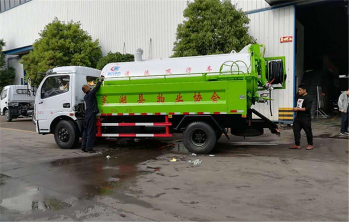 前四后八大型抽污泥现车供应