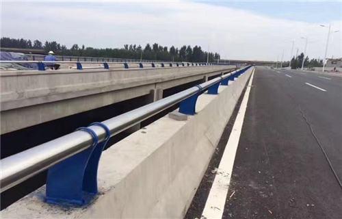 大慶不銹鋼復合管河道護欄全國定制熱線