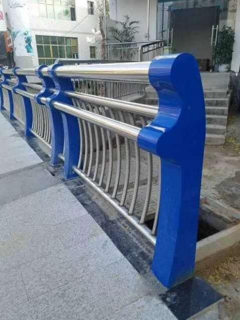 宜宾市公路栏杆销售电话