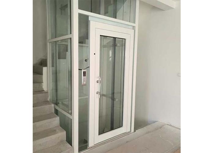 铝合金井道双透明钢化夹胶玻璃山东泰辉常年厂家.创意的有别墅图片