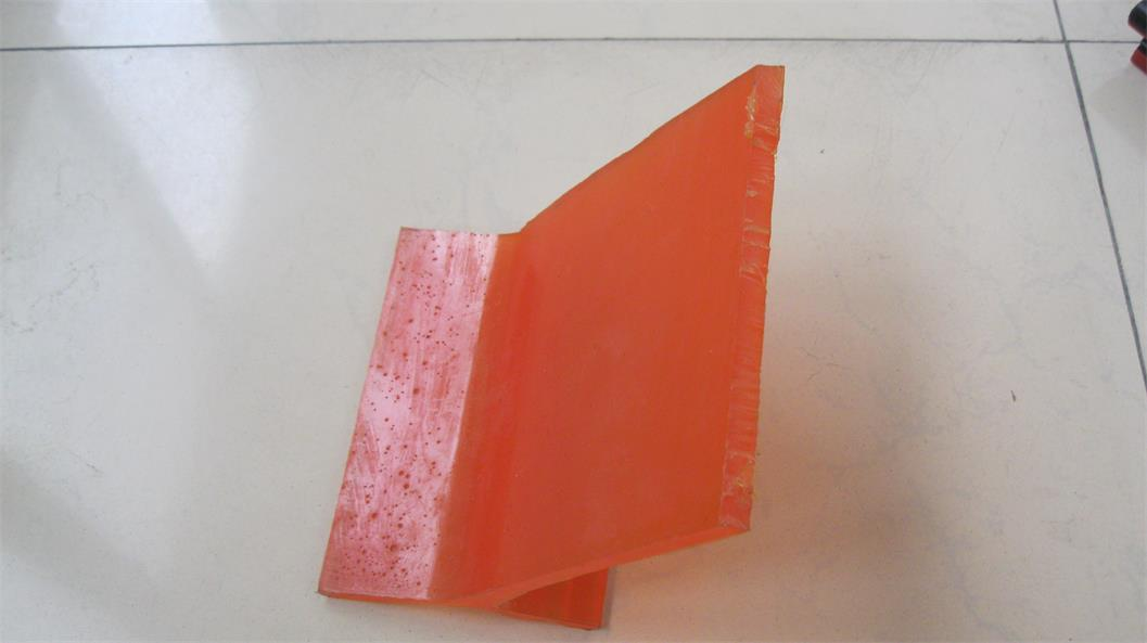 防溢裙板材质 聚氨酯防溢裙板  导料槽防溢裙板