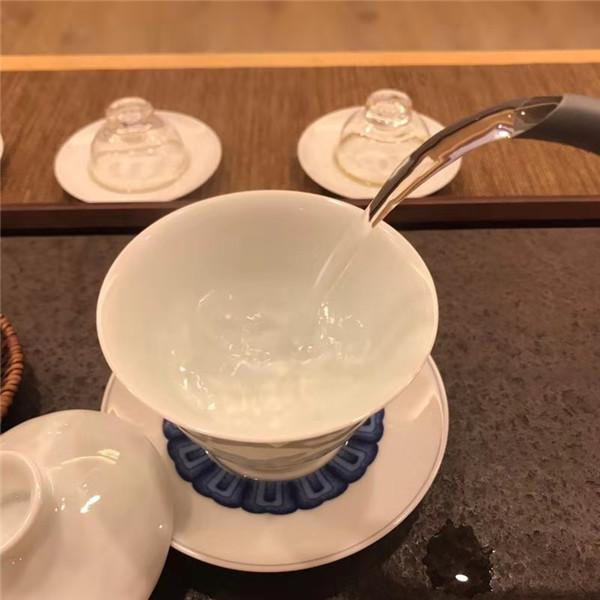 勐海普洱生茶品牌维奕古寨锡林郭勒盟西乌旗店