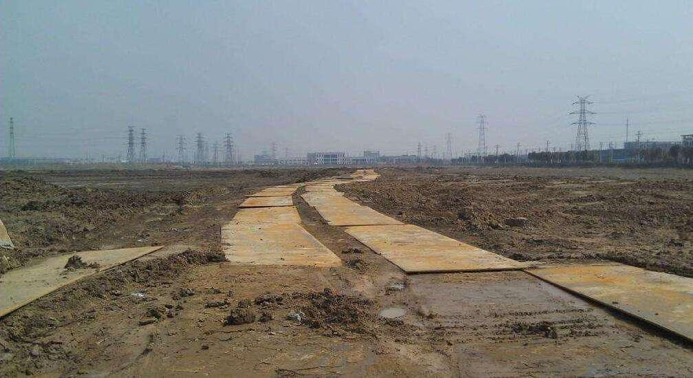 内江垫道钢板出租 /垫道钢板租赁专业团队施工
