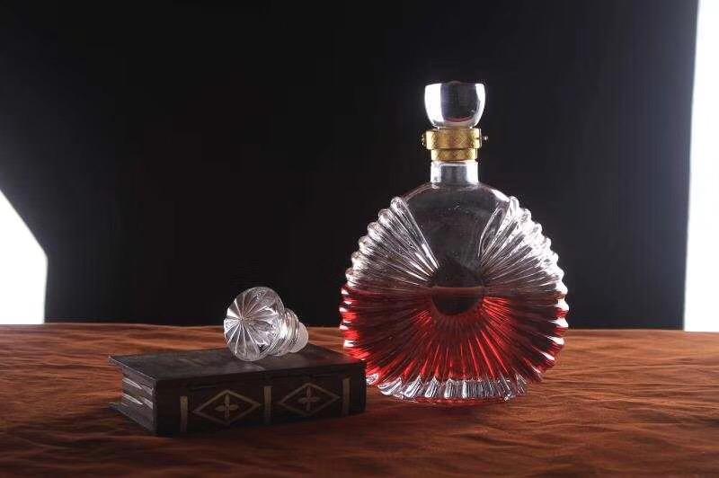 建瓯xo酒瓶厂家 酒瓶批发市场 彩色酒瓶 大气酒瓶 晶白料酒瓶 水晶酒瓶
