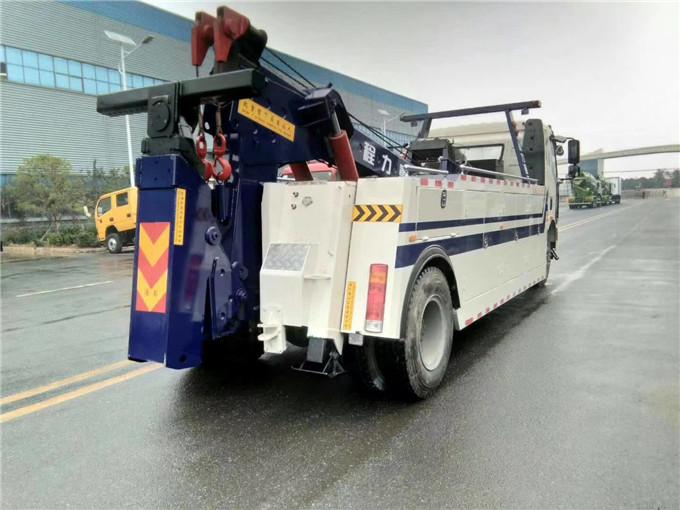 国六施救拖车车咨询价格