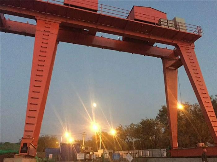赤峰巴林右旗二吨行车制造厂商,五吨航车起重机