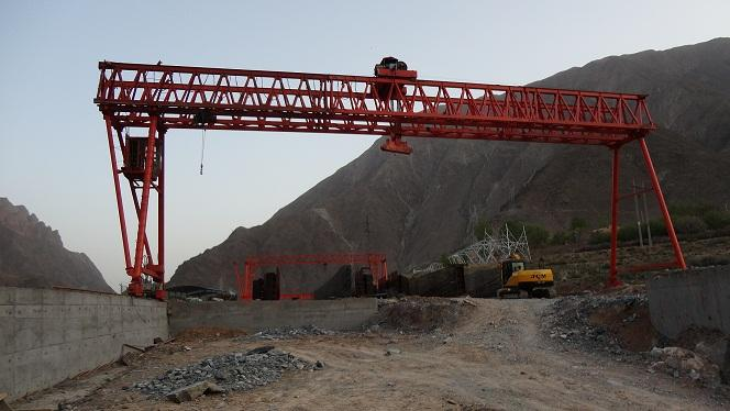 包头石拐60吨行吊生产企业,2顿行吊起重机