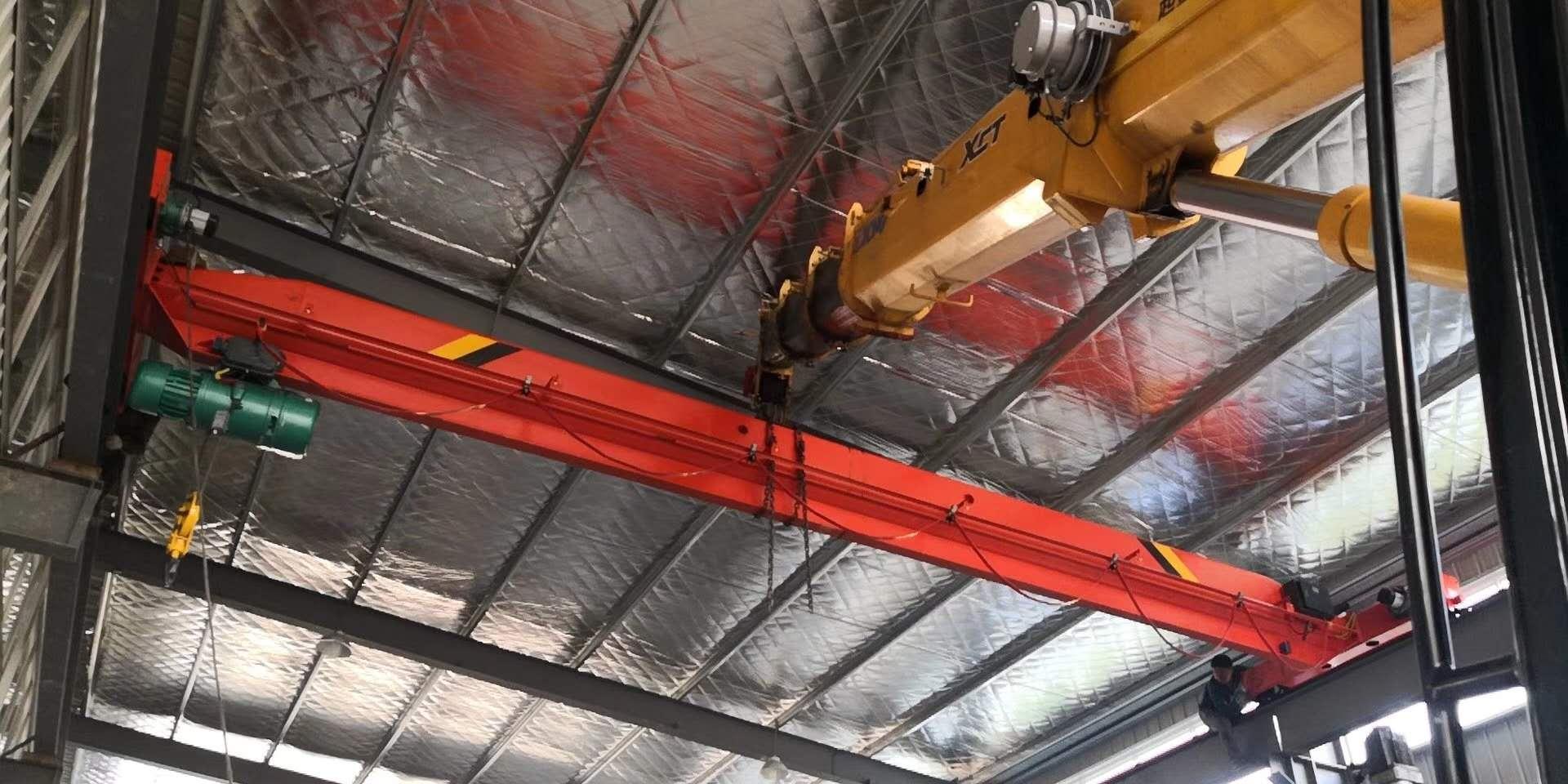 南陵烟墩有维修航吊的吗,三轮车升降机,单梁行车及抓斗