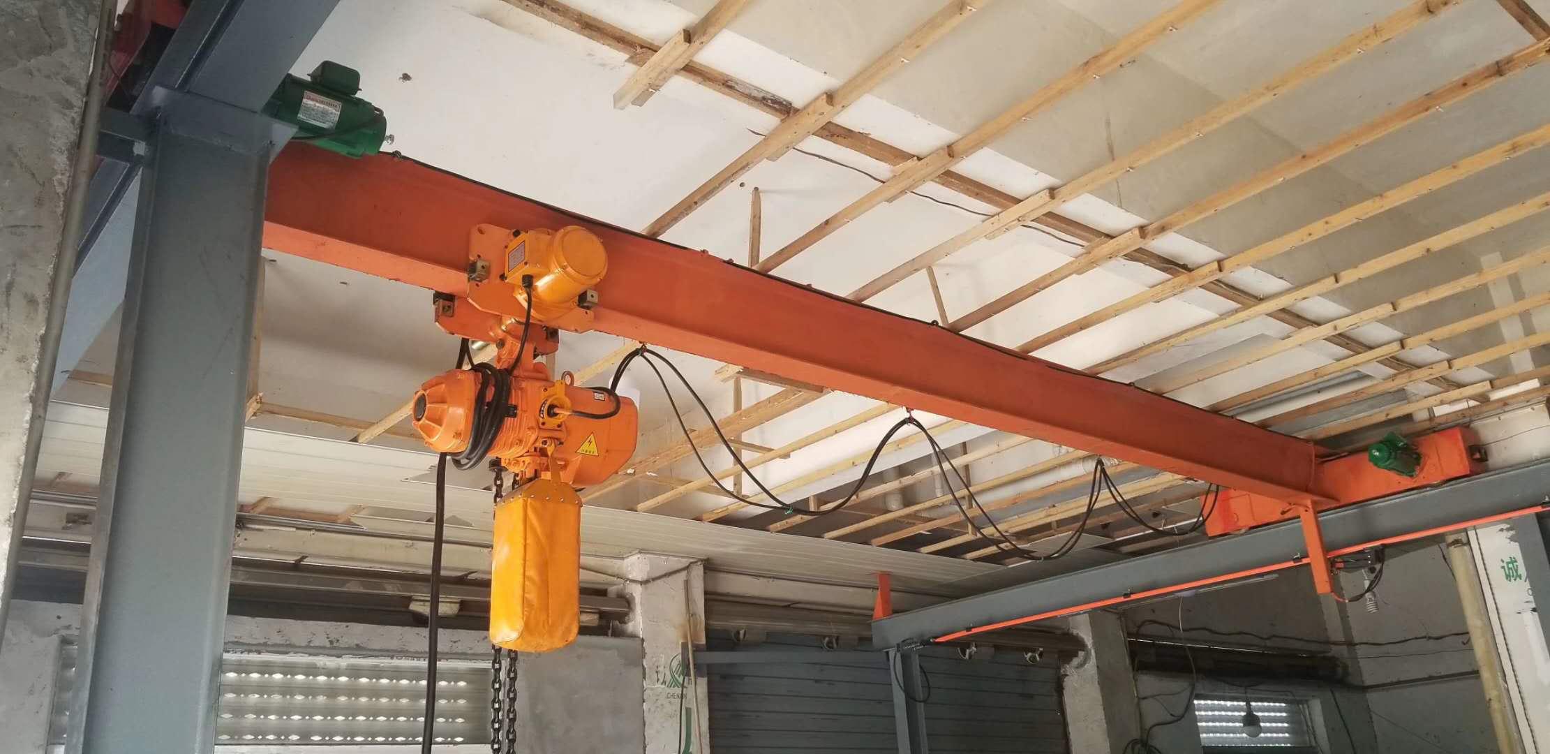 梅州800吨龙门吊,天津天车价格,南京龙门吊价格图片