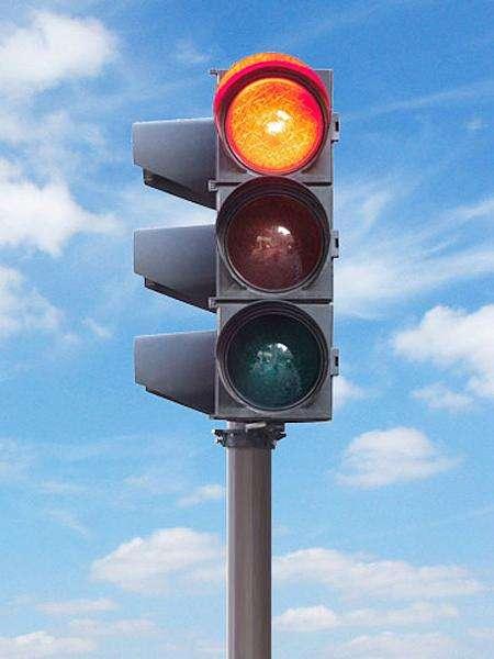 内蒙古自治区兴安盟交通信号灯厂家直供