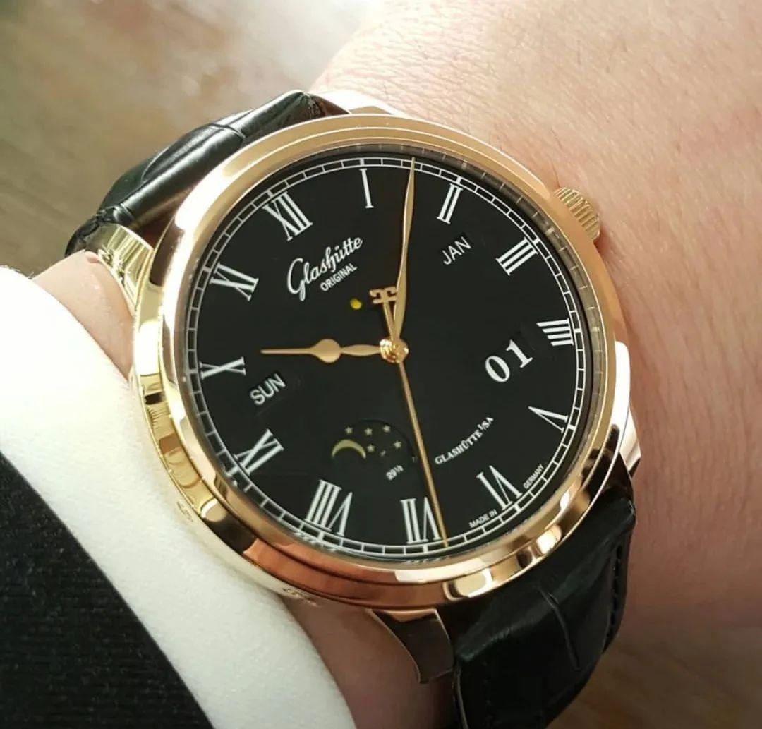 益阳欧米茄手表回收值多少钱