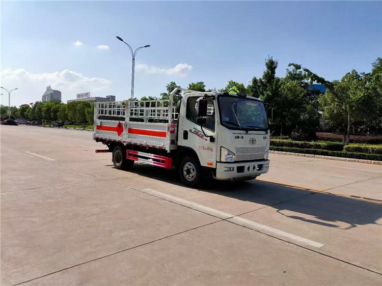 三沙6米8易燃液体运输车包上户