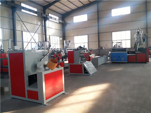 江西PVC缠绕管设备供应商