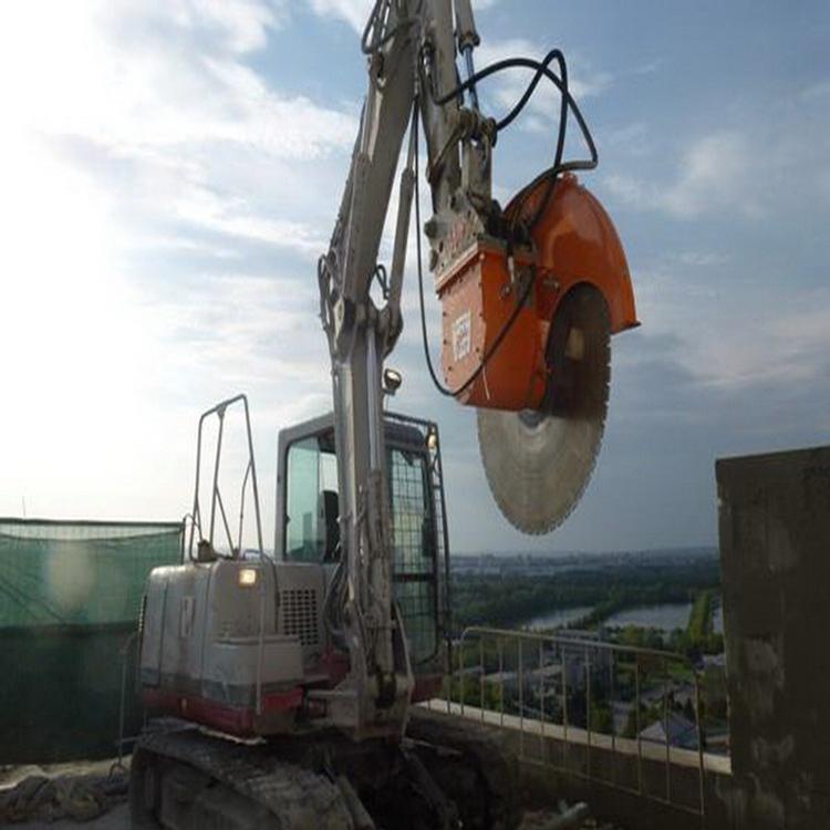 2014产品吉林白城小型铁矿开采岩石锯